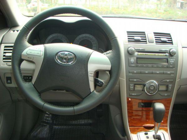 Toyota 豐田 Altis  照片3