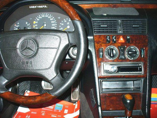 99 年Benz/朋馳 C280 2.8 照片4