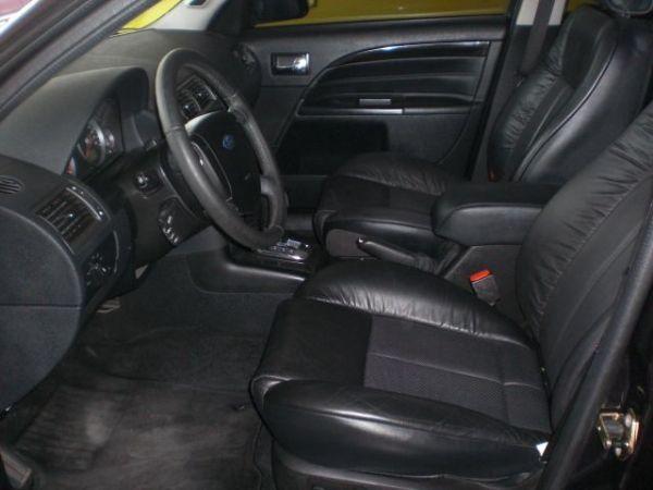 福特 METROSTAR 2.5 黑色 照片5