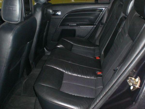 福特 METROSTAR 2.5 黑色 照片9