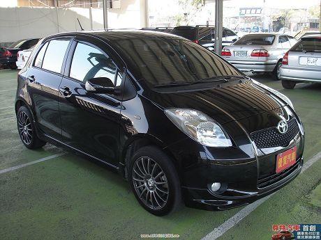 Toyota豐田 Yaris 照片3