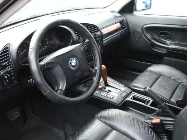 豐達汽車 BMW 318i 照片2