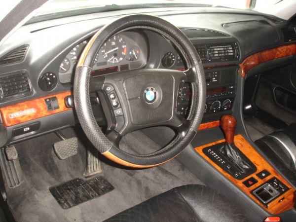 豐達汽車 BMW 730i 照片2