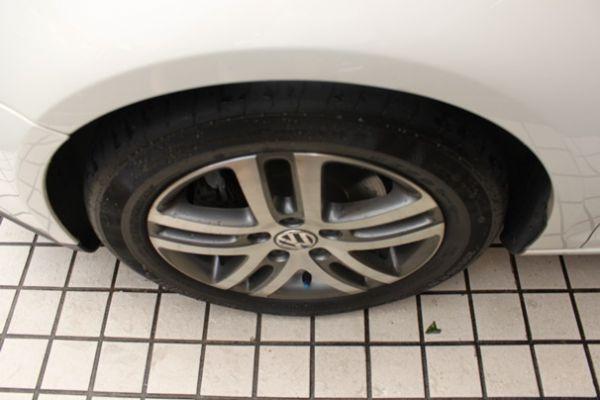 福斯 JETTA 2.0(柴油) 白色 照片3