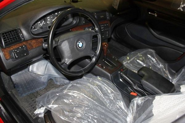BMW 318 1.9 紅色 照片4