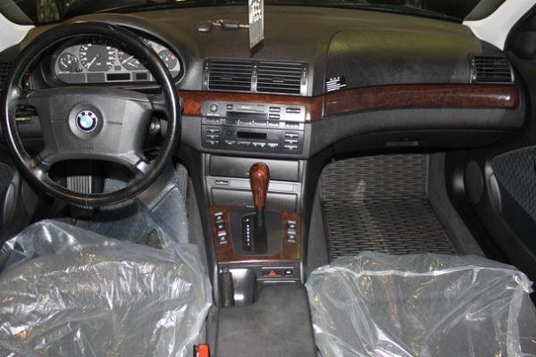 BMW 318 1.9 紅色 照片6