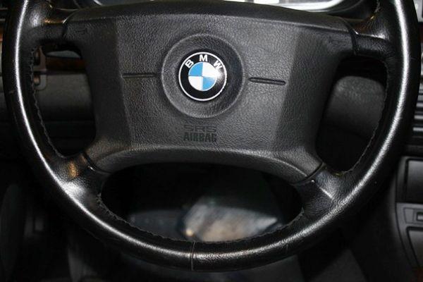 BMW 318 1.9 紅色 照片7