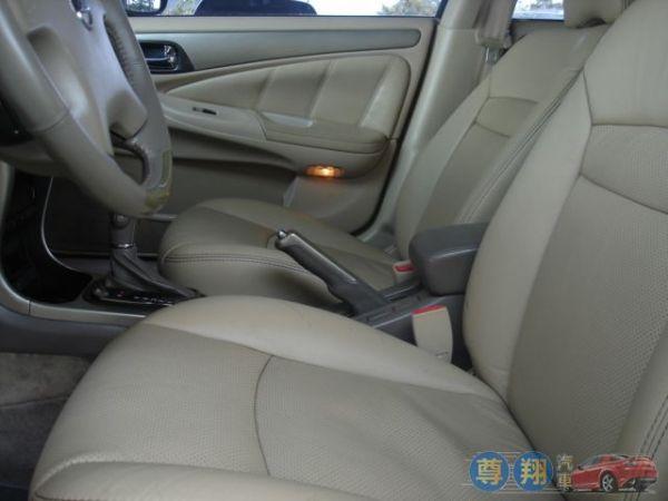 Nissan 日產 Sentra M1 照片4