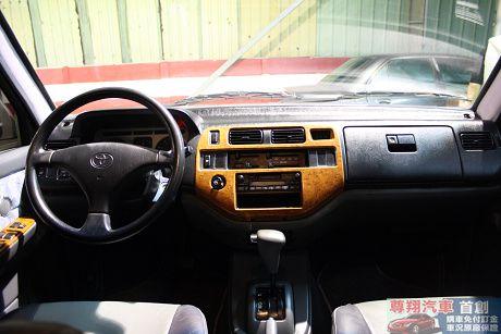 Toyota豐田 Zace(瑞獅 照片4