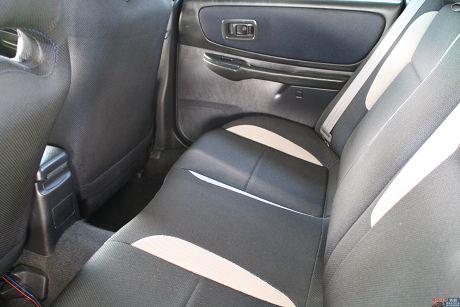 Subaru 速霸陸 Impreza G 照片6