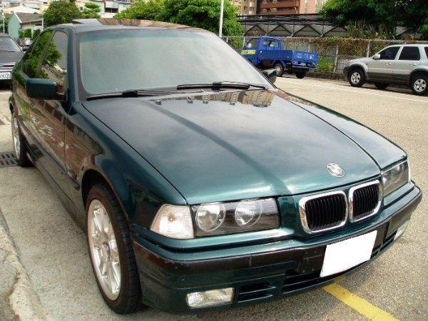 BMW 318is  照片2