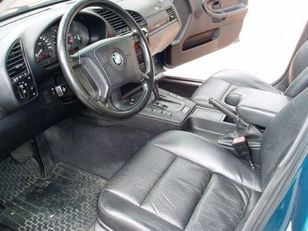 BMW 318is  照片7