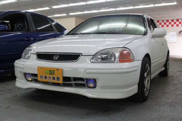 本田 CV3 1.6 白色 照片1