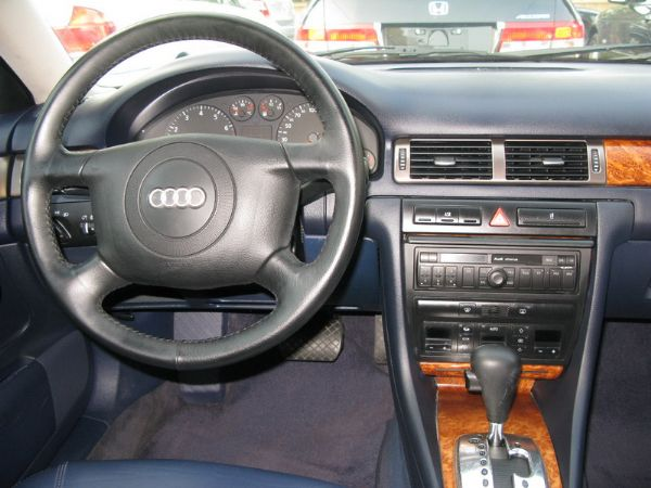 運通汽車-1998年-AUDI-A6 照片2