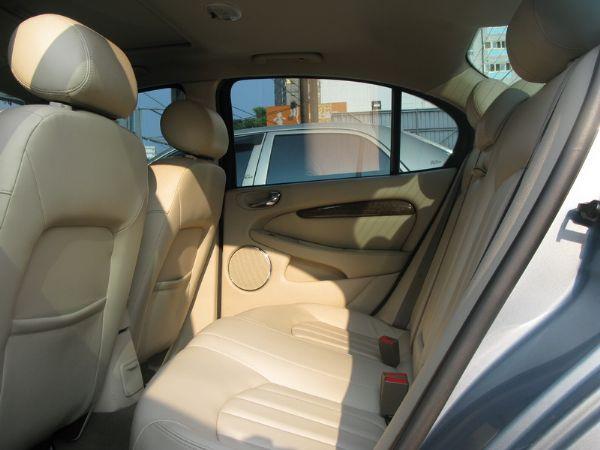 運通汽車-2003年-積架-X-Type 照片4