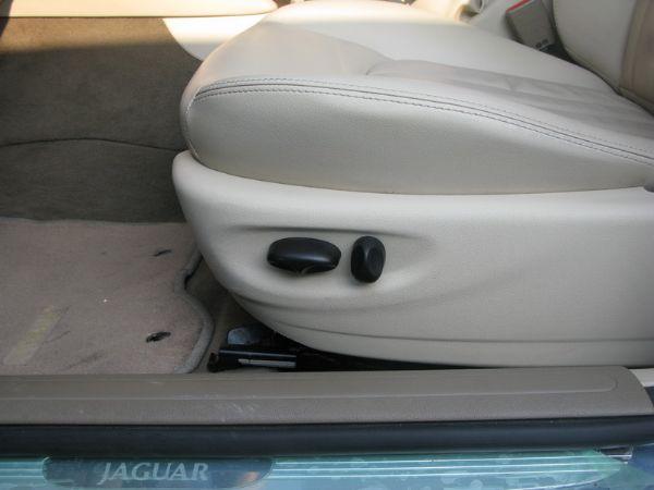 運通汽車-2003年-積架-X-Type 照片7