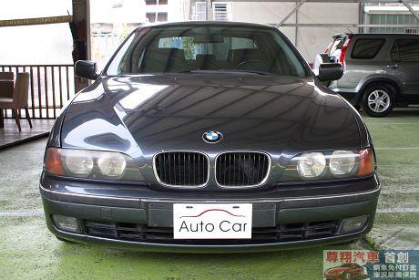 BMW 寶馬 5系列 528 照片3