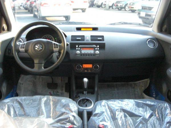 SUM聯泰汽車~2006年 SWIFT 照片5