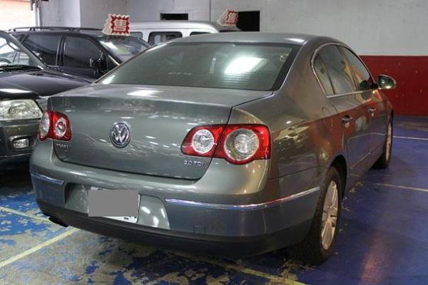 福斯 PASSAT 2.0 鐵灰色 柴油 照片10