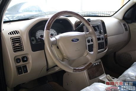 Ford 福特 Escape 照片4