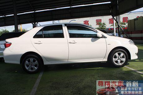 Toyota豐田 Vios 照片6