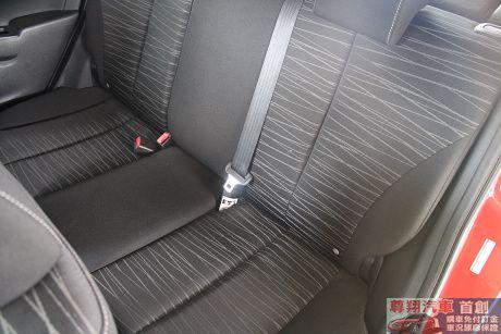 Mazda 馬自達 2 照片4