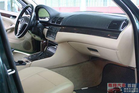 BMW 寶馬 3系列 318 照片7