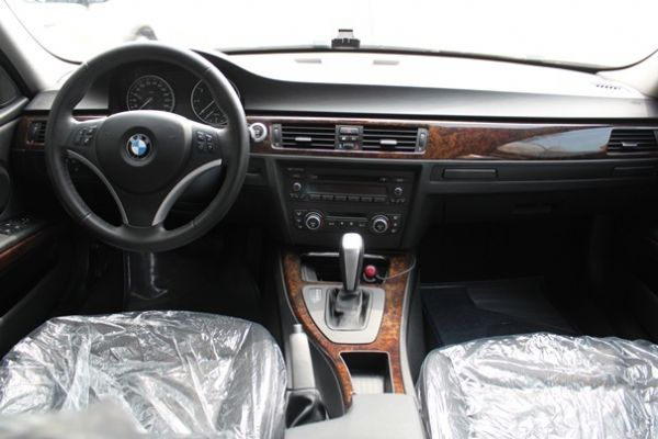 BMW 寶馬 320I 照片3
