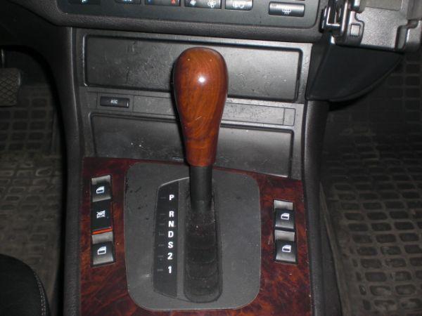 BMW 寶馬 318 照片5