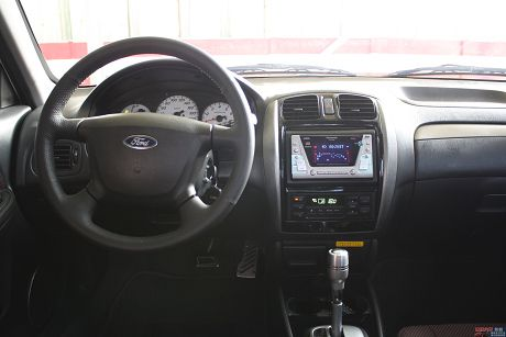 Ford 福特 Tierra XT 照片5