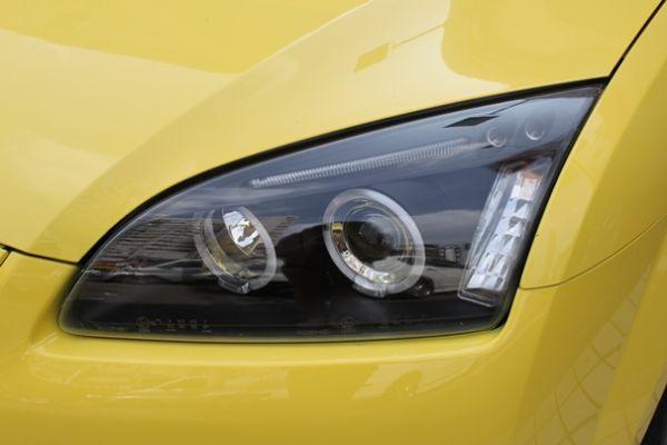 福特 FOCUS 2.0 黃色(手排) 照片2