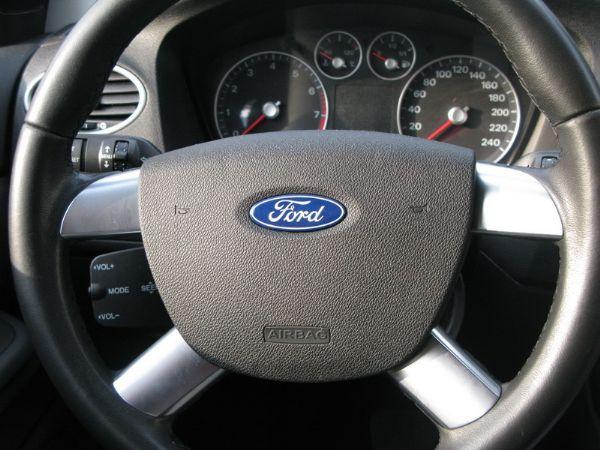 運通汽車-2008年-福特-Focus 照片6