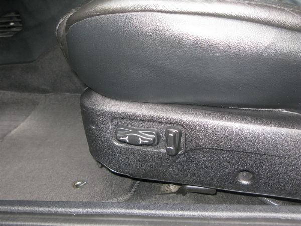 運通汽車-2005年-福特-曼陀士達 照片7