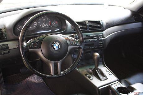 BMW 寶馬 3系列 325 Ci 照片10