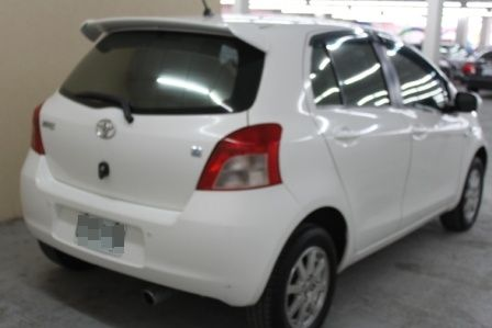 豐田 YARIS 1.5 白色 照片10