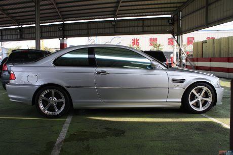BMW 寶馬 3系列 330 Ci 照片6