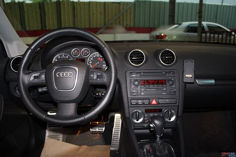 Audi 奧迪 A3 2.0T 照片8