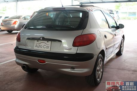 Peugeot 寶獅 206 照片10