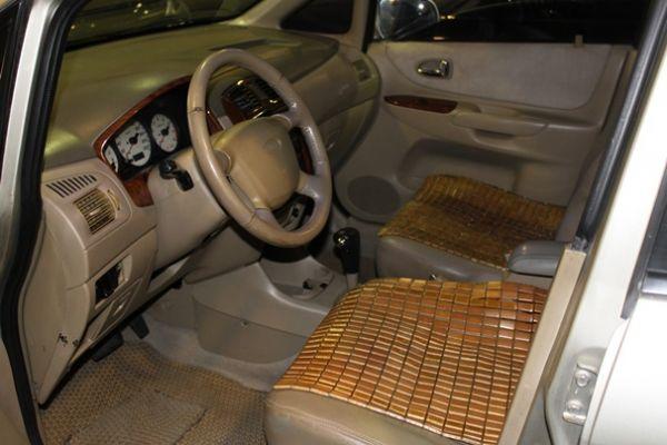 福特 MAV 1.8  金色 照片4