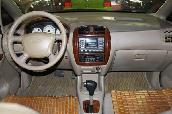 福特 MAV 1.8  金色 照片5