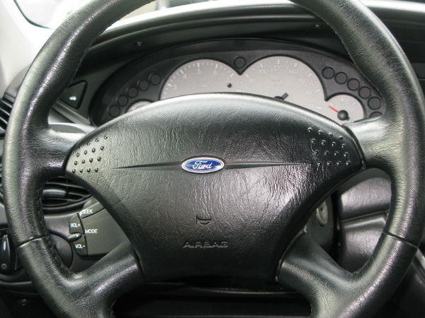 運通汽車-2002年-福特-Focus 照片6