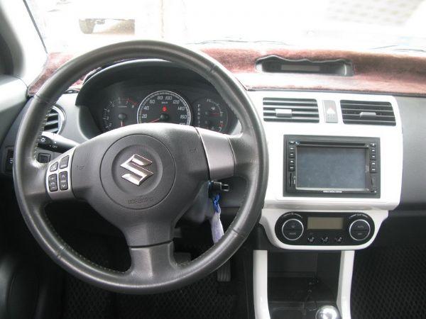 運通汽車-2008年-鈴木-Swift 照片2