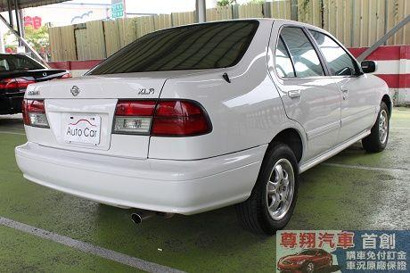 Nissan 日產 Sentra CE 照片8