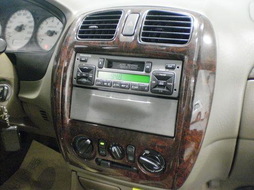 02福特TIERRA優質代步車 照片8