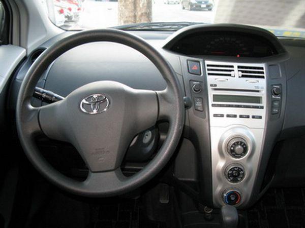 運通汽車-2009年-豐田-Yaris 照片2