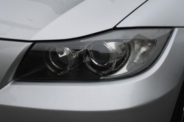 BMW 323  2.5 銀色 照片2