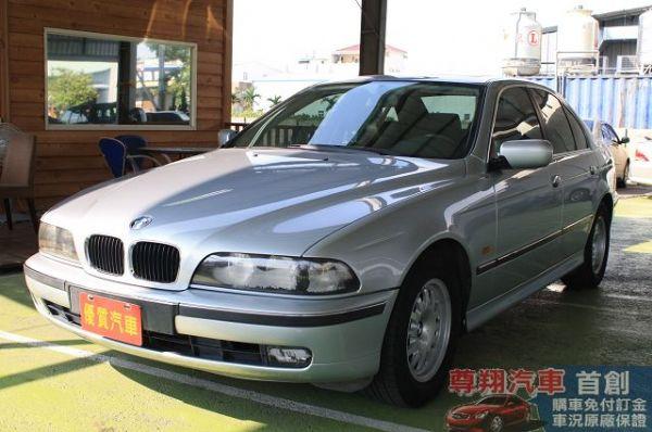 BMW 寶馬 5系列 520 照片3