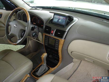 Nissan 日產 Sentra M1 照片5