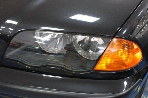 BMW 318 1.9 黑色 照片2