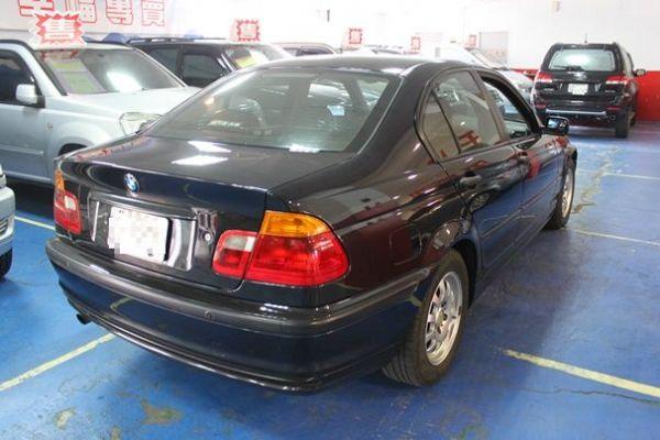 BMW 318 1.9 黑色 照片10